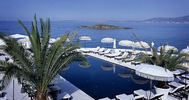 Best Beach Clubs in Mallorca